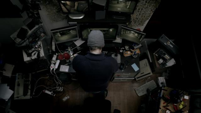 Aux yeux de tous hacker